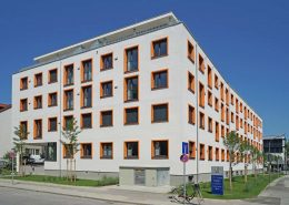 Lüfftungsanlage freeair im MFZ Giesing Fassade