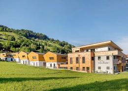 Blick von außen auf das Hotel Heimsitz in den Kitzbüheler Alpen
