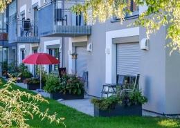 Stationäres Wohnen für Menschen mit psychischen Problemen wird in hochwertigen Apartments mit Lüftungsanlage von bluMartin ermöglicht