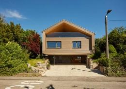 Das Einfamilienhaus erstrahlt in neuem, energieoptimierten Glanz unter anderem mit der Hilfe der freeAir Lüftungsanlage.