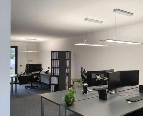 Büro des Architekten mit dem Lüftungsgerät freeAir