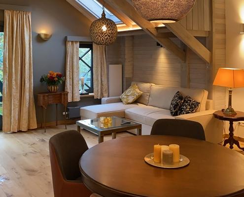Auch Besprechungen können in dem hochwertig eingerichteten Apartments abgehalten werden. Modernste Technik ermöglicht bei frischer, gesunder Luft ein produktives Arbeiten z.B.: im Homeoffice.